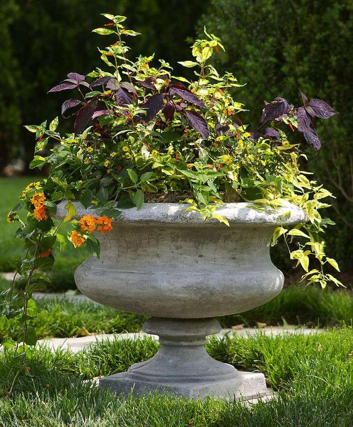 Athens-Cement-Urn-Terrain-Gardenista