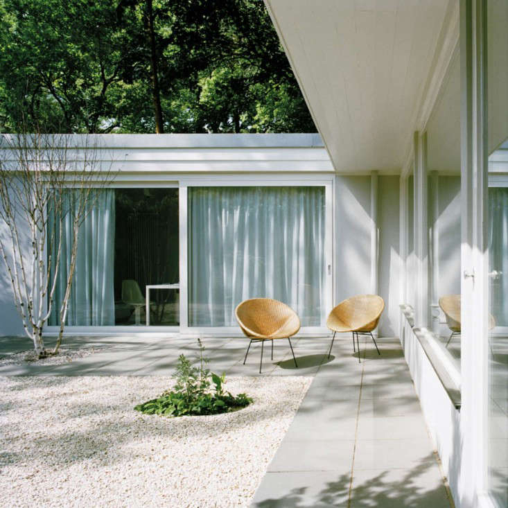 Courtyard Comeback: Rescuing A Midcentury Gem In Berlin