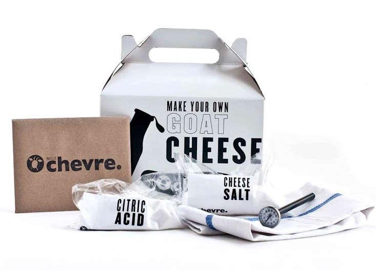 Belle-Chevre-DIY-Goat-Cheese-Kit-ingredients