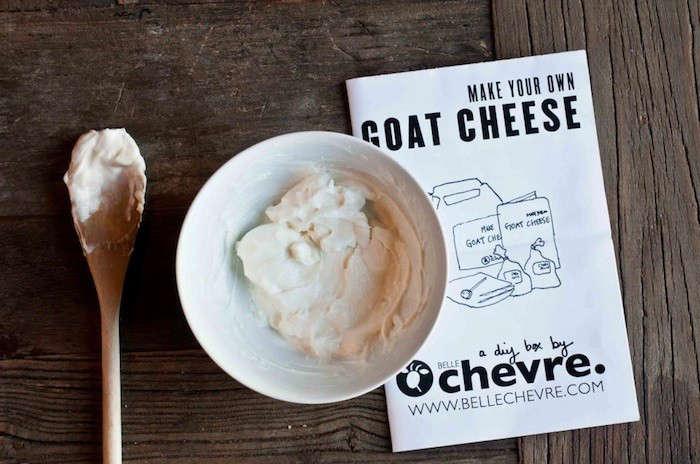 Belle-chevre-diy-goat-cheese-in-situ