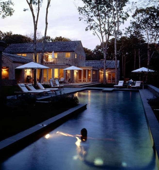 Billinkoff_Architects_Outdoor_Pool_At_Twilight_Gardenista