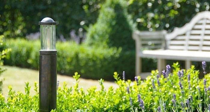 Bollard-Light-With-Top-Gardenista