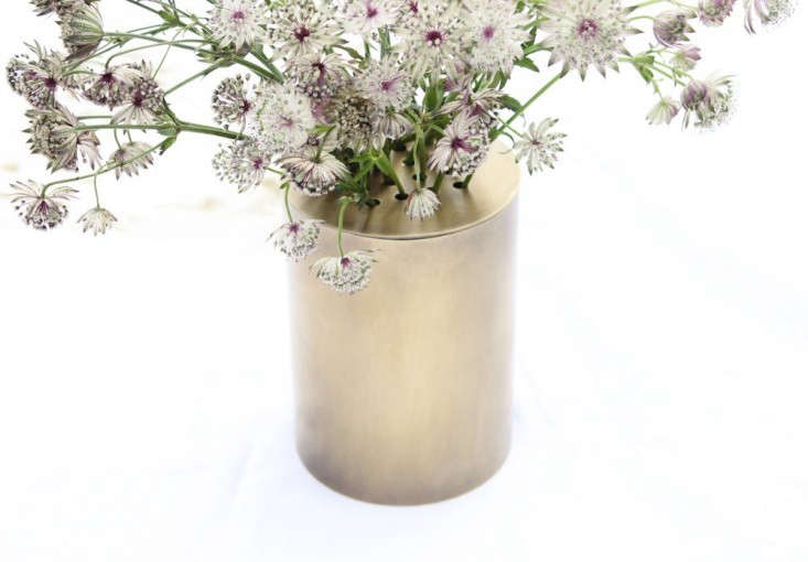 Brass-Cap-Vase-Gardenista-2