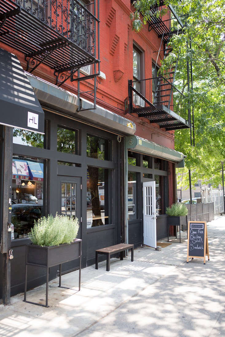 Brunswick-cafe-Bed-Stuy-Brooklyn7-Gardenista