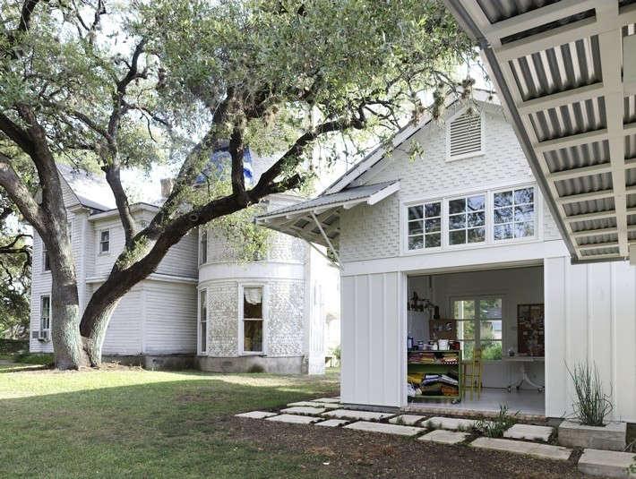 Clayton-&-Little-Travis-Heights-Art-Studio-Austin-Texas-Remodelista-04