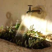 Concrete-Outdoor-sink-via-Chapel-Hill-Mag-Gardenista