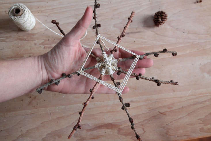 DIY foraged tree star, second layer 2, by Justine Hand for Gardenista.jpg