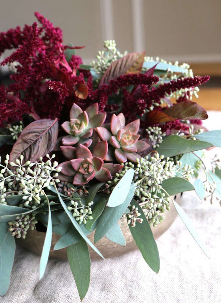 Early-Fall-Dinner-Party-Succulents-Meredith-Swinehart-Gardenista-6