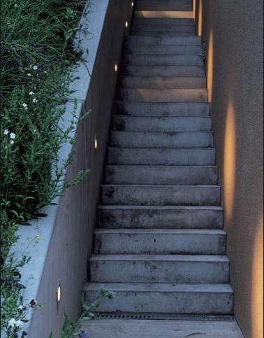 Exterior-Stairway-Recessed-Wall-Lighting-Delta-Lights-Gardenista