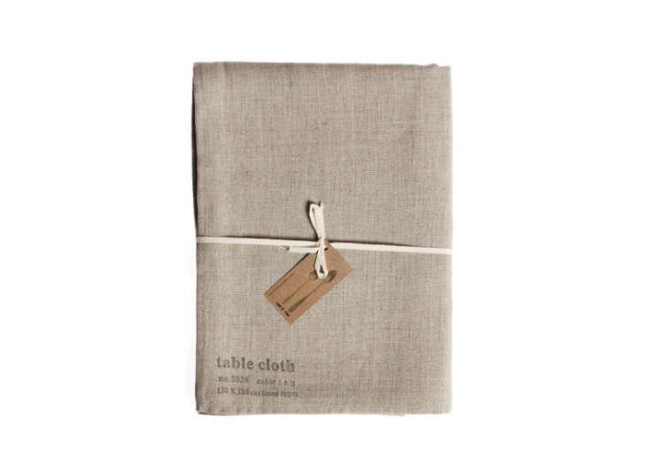 Fog-Linen-Work-Tablecloth-Gardenista