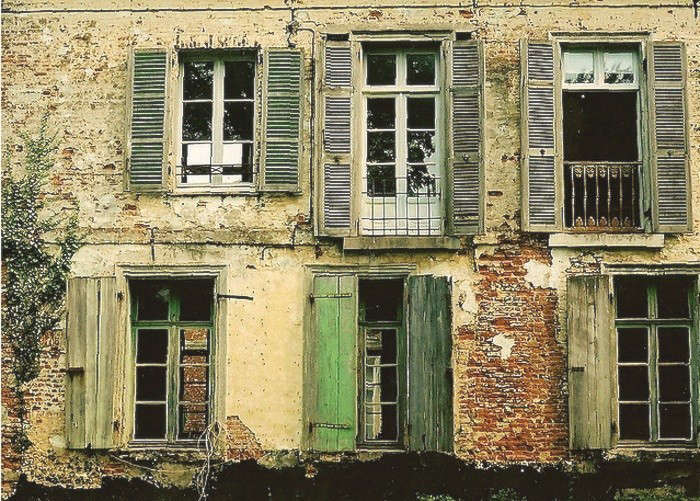 French-Country-Home-Green-Shutters-1-Gardenista