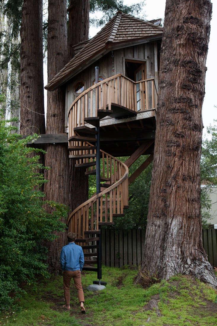 Freunde-von-Freunden-Jay-Nelson-treehouse-gardenista