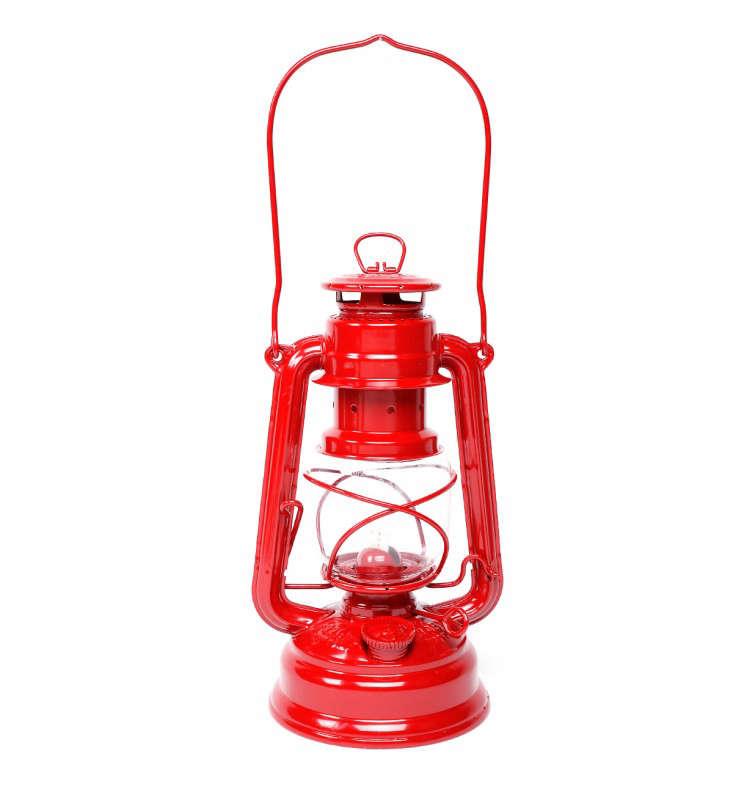 Fueurhand_Lantern_Red_Gardenista