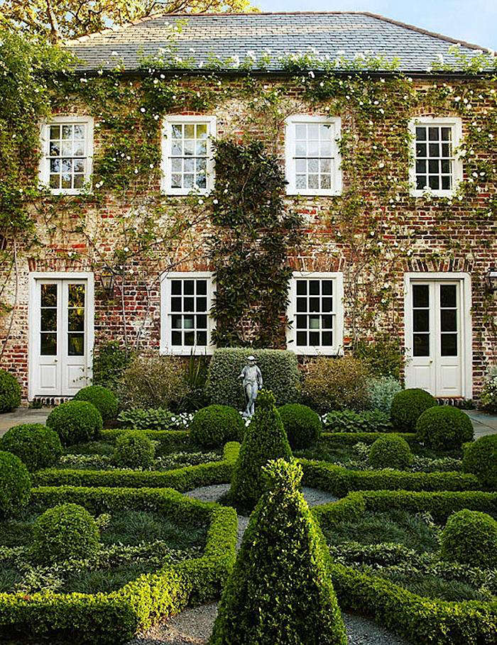 Garden-at-george-mathews-house