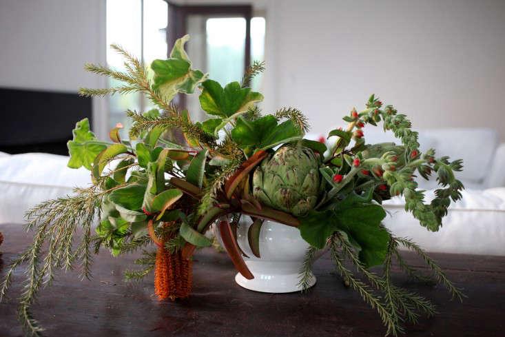 Gardenista_ArtichokeArrangement8