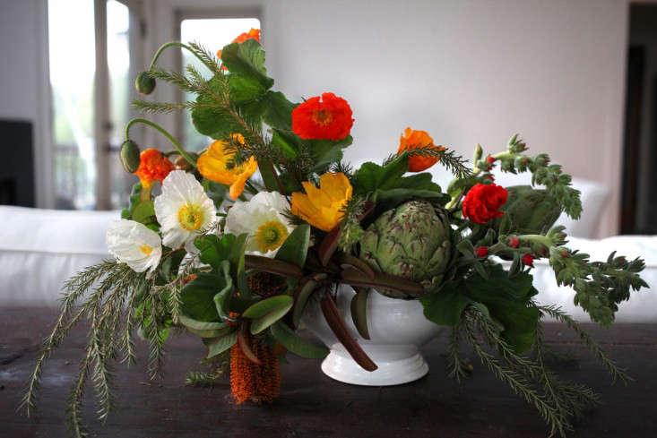 Gardenista_ArtichokeArrangementFinal