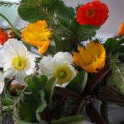 Gardenista_ArtichokeArrangement_Closeup