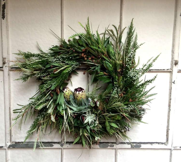 Gardenista_LilaB_wreath1
