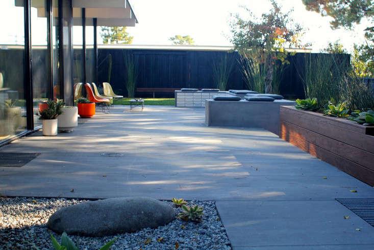 Growsgreen-Eichler-Landscape-Remodel-Gardenista-12