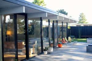 California Eichler Garden Remodel by Growsgreen | Gardenista