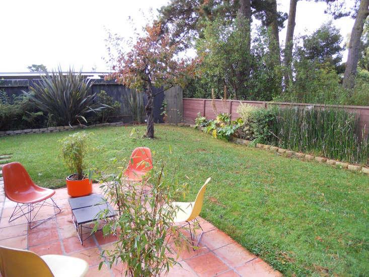 Growsgreen-Eichler-Landscape-Remodel-Gardenista-Before-2