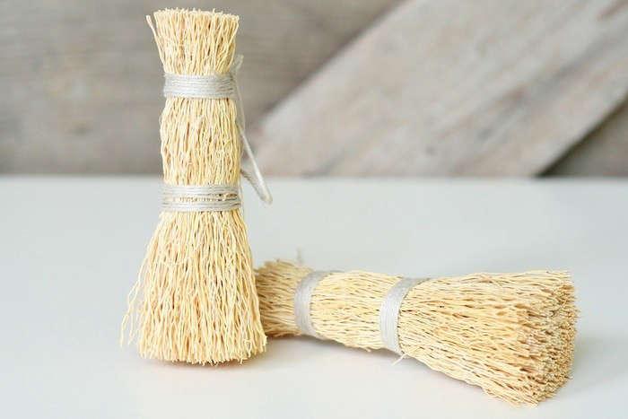 Hantwerk-Washing-up-Whisk-Gardenista