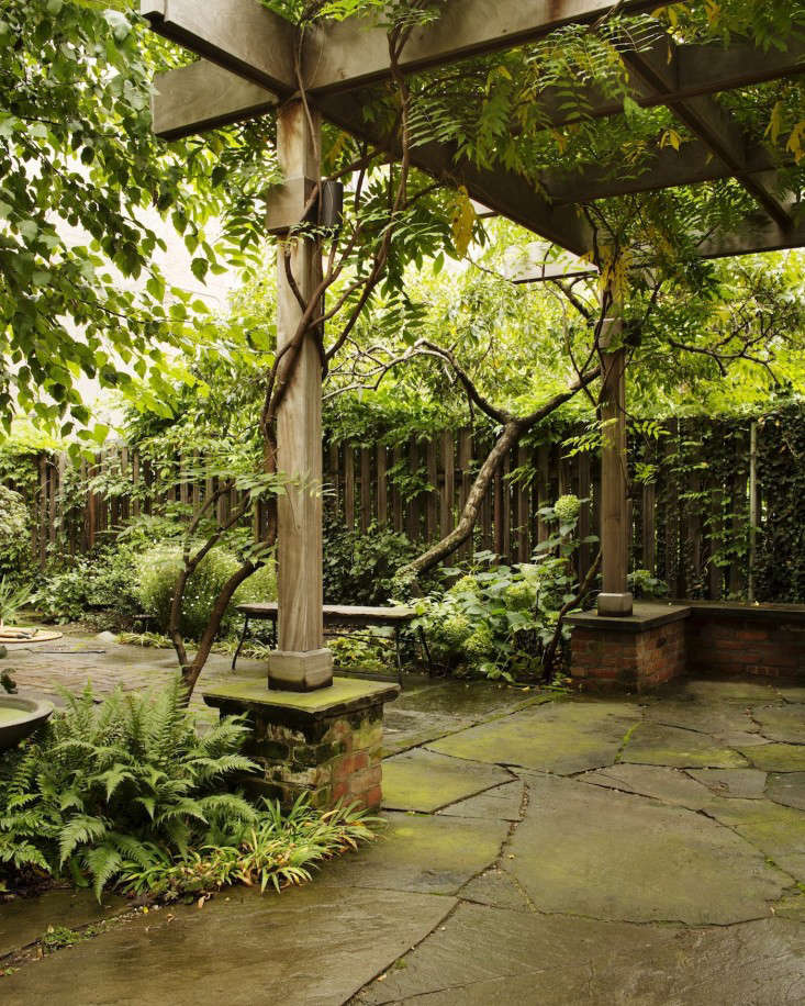 Kim Hoyt Architect Boerum Hill Garden Project with Arbor and Slate Paving, Gardenista