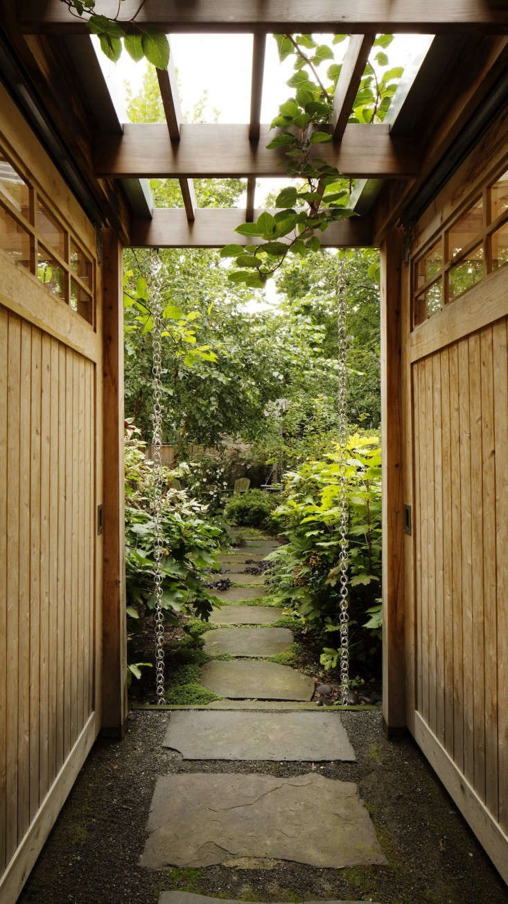 Kim Hoyt Architect Boerum Hill Garden with Wood Arbor and Walkway, Gardenista