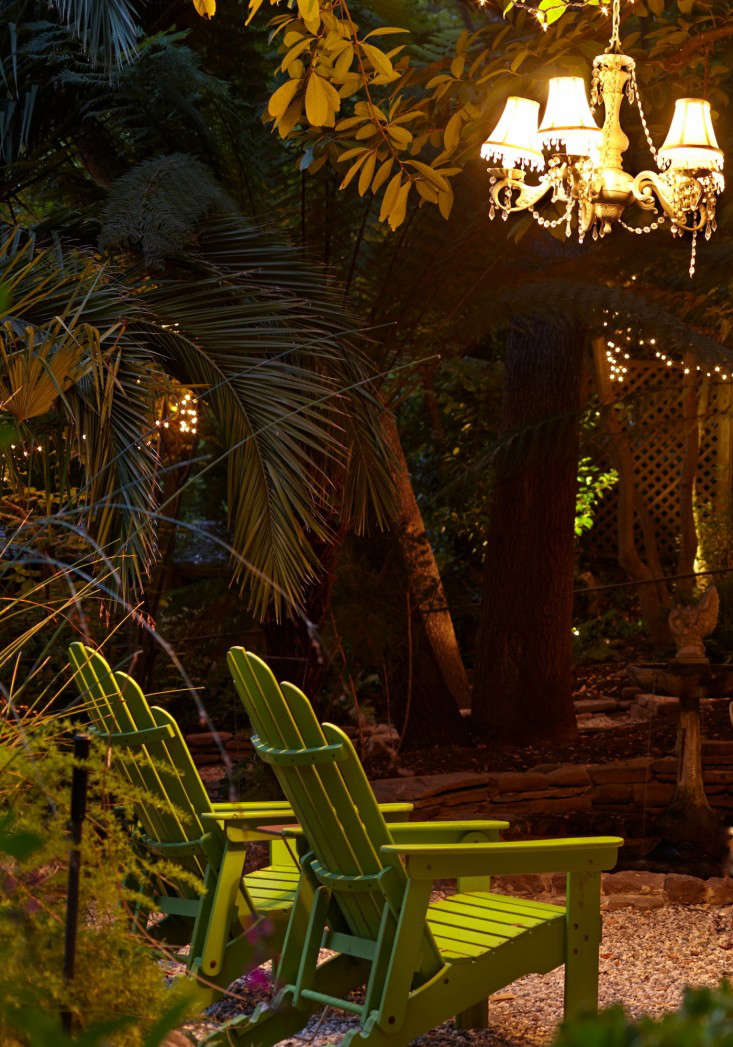 Marni-Leis-green-adirondack-chairs-gardenista