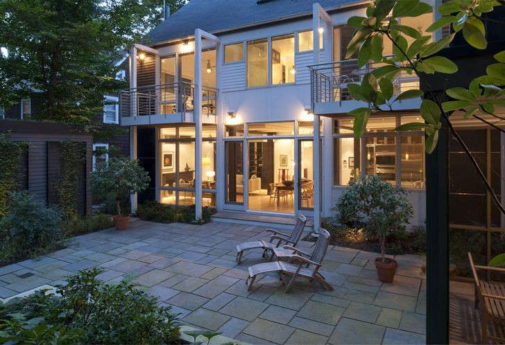 McInturff_Architects_Outdoor_Courtyard_Home_Gardenista