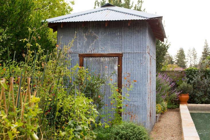 Mimi-Giboin-Sonoma-Gardenista-Cara-Garden