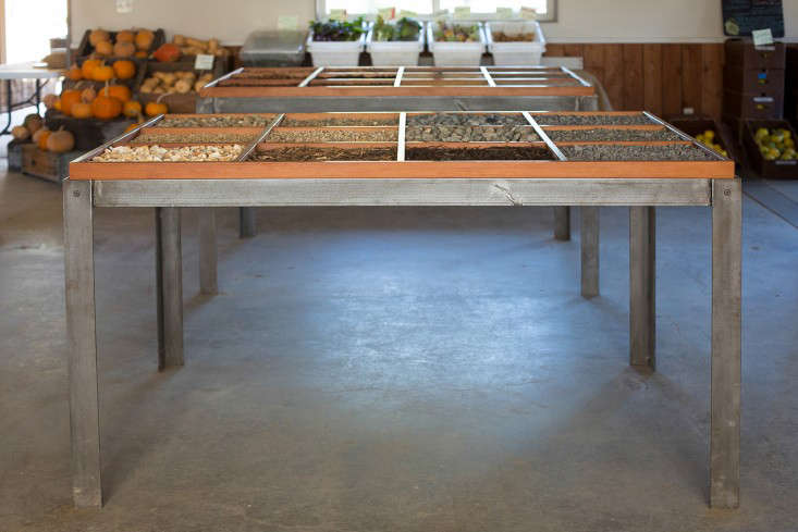 Mix-Gardens-Healdsburg-gravel-display