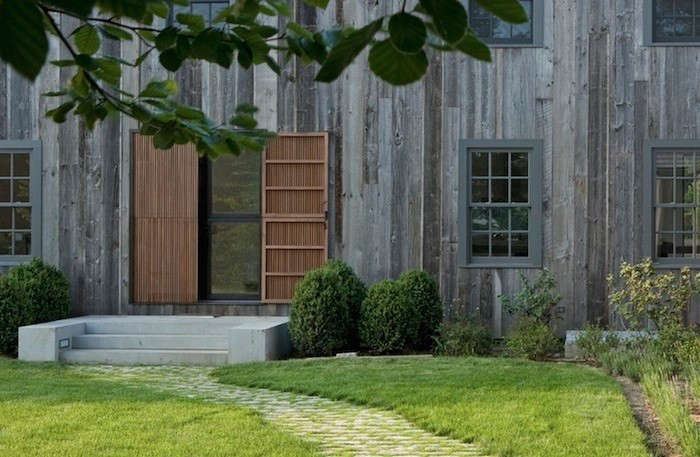 Modern-Slat-Dutch-Door-Dapostrophe-Gardenista