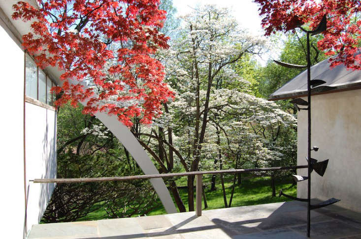 Nakashima-Garden-Pennsylvania-Gardenista-12
