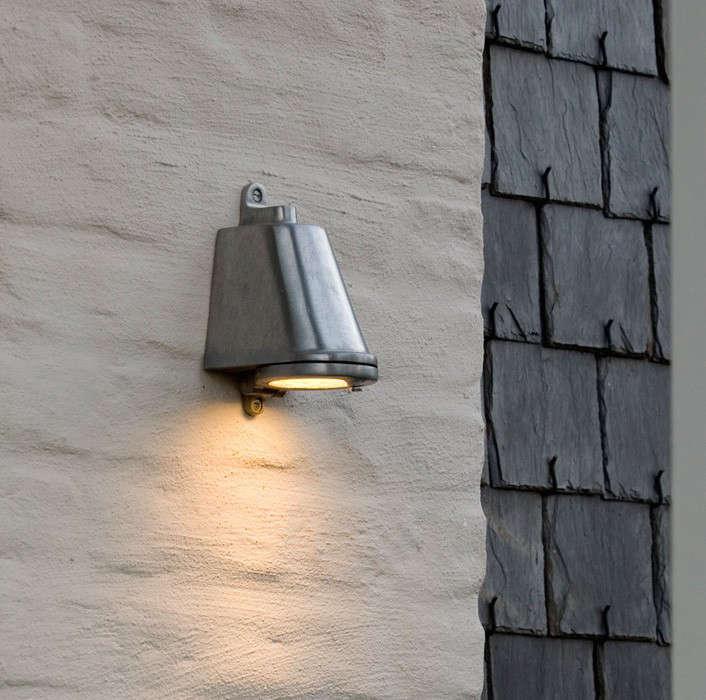 Nautic by Techna Outdoor Spreaderlight Wall Light GardenistaHardscaping 101  Outdoor Wall Lights   Gardenista. Low Voltage Outdoor Wall Lighting. Home Design Ideas
