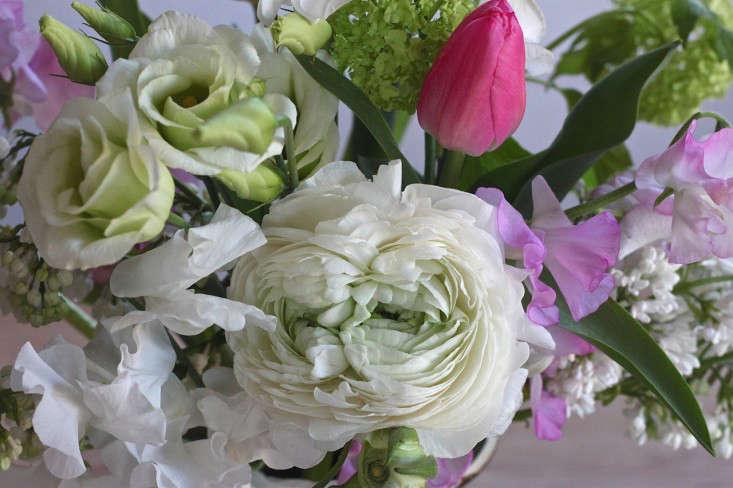 Ode-to-Spring-Bouquet-detail-3-Justine-Hand-Gardenista