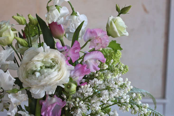 Ode-to-Spring-Bouquet-detail-4-Justine-Hand-Gardenista