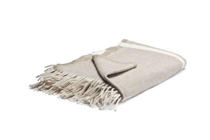 Outdoor-Wool-Blanket-Kaufmann-Mercantile-Gardenista