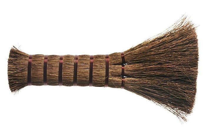 Palm-Fiber-Bench-Brush-Kaufmann-Mercantile-Gardenista