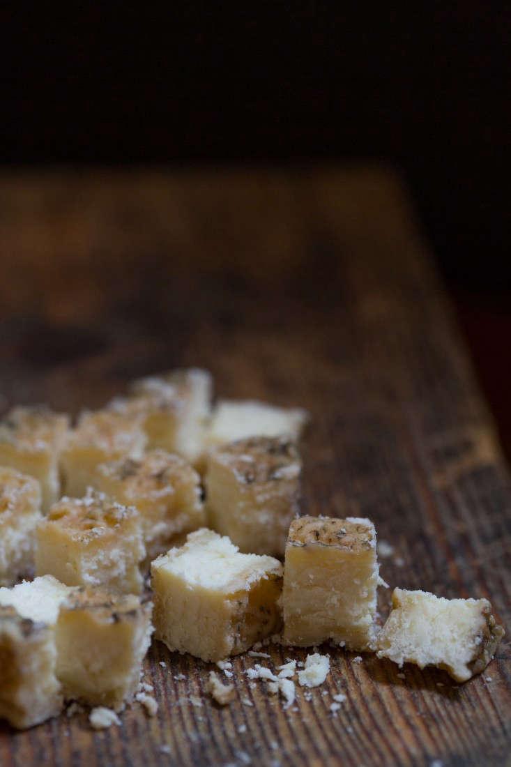 Pas-de-Blenacs-cheese-france-mimi-giboin-gardenista-54