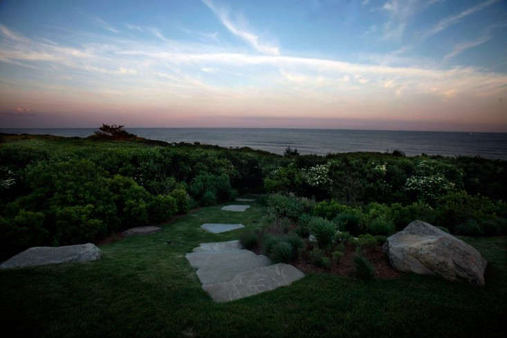 Paula_Hayes_Tip_of_The_Island_Project_At_Twilight_Gardenista