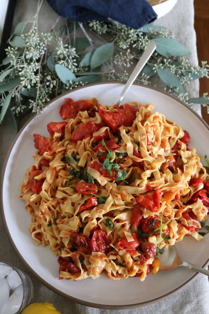 Recipe-from-the-garden-early-fall-dinner-party-menu-Gardenista-7