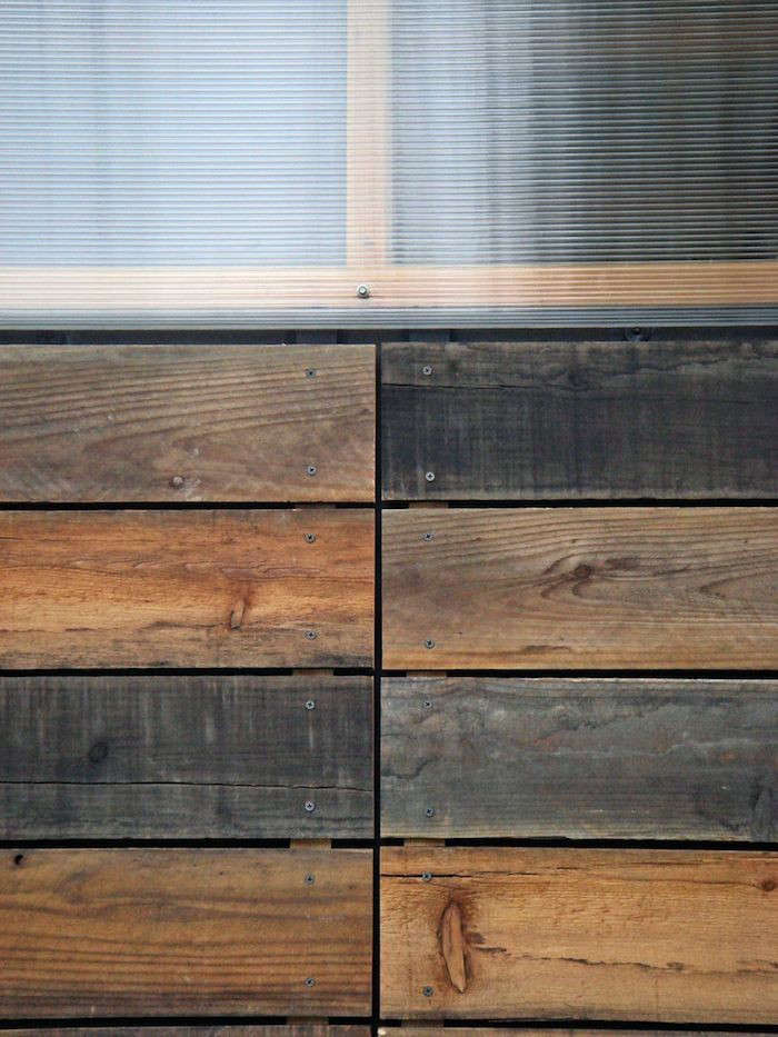 Reclaimed-Redwood-Shed-Joseph-Sandy-Detail