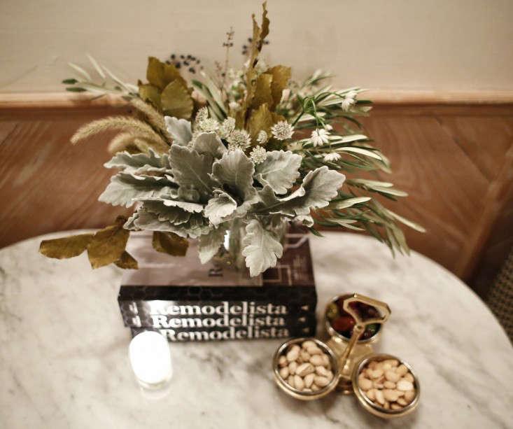 Remodelista-Book-Party-Flowers-NYC-Gardenista-02