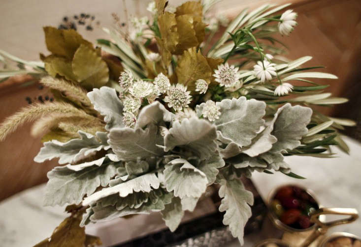 Remodelista-Book-Party-Flowers-NYC-Gardenista-04
