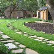 Ribbon-Driveway-Pavers-grass-Gardenista