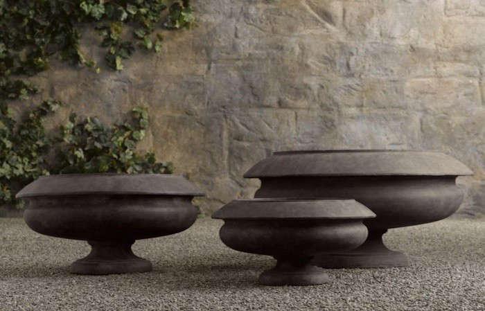 Rivoli-garden-Urn-Gardenista