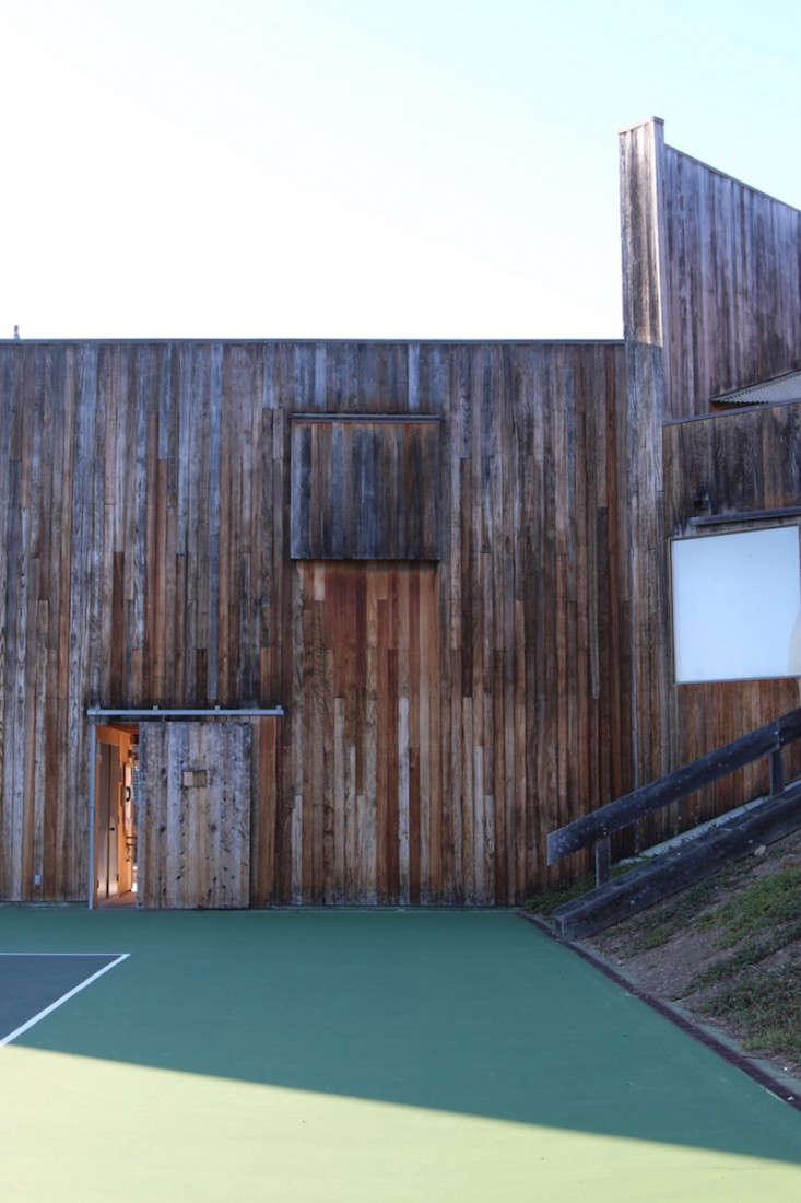 Sea-Ranch-Pool-Center-Meredith-Swinehart-Gardenista-1