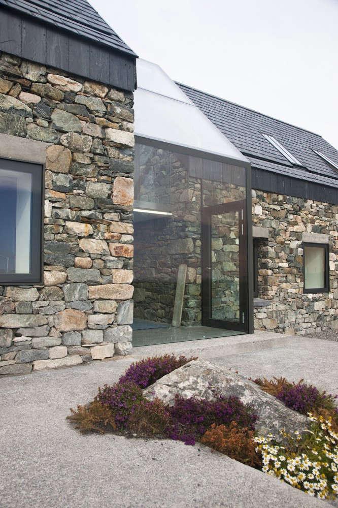 Hardscaping 101 Slate Roofing Tiles Gardenista