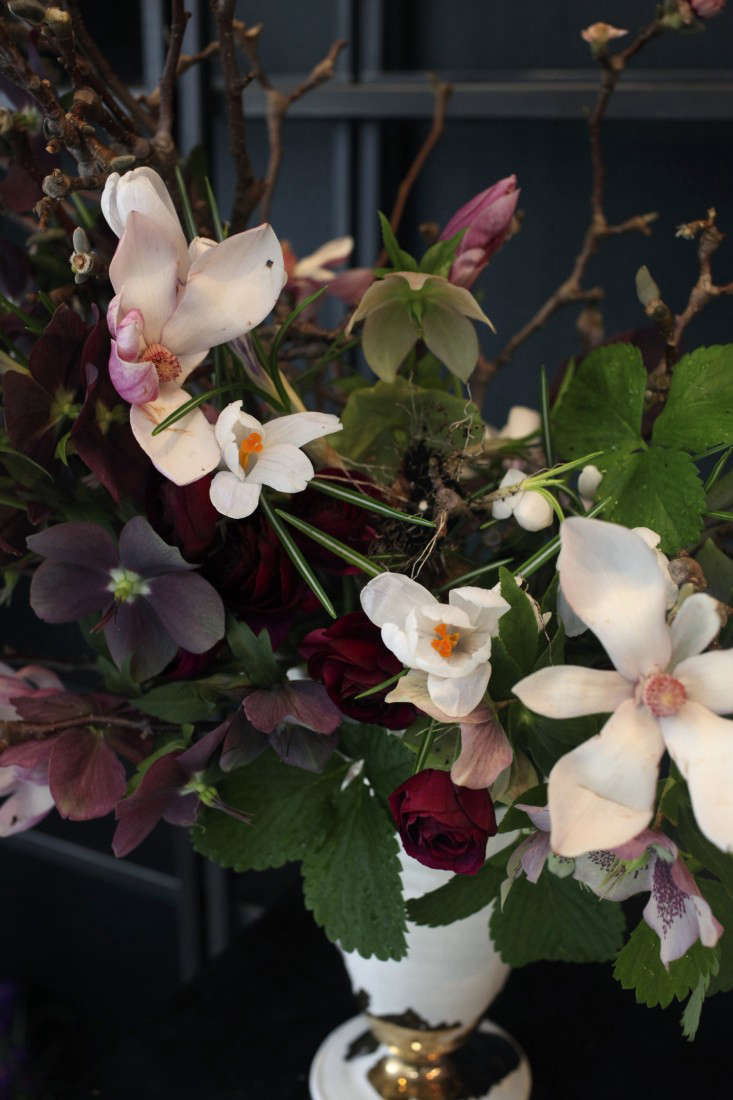 Sophia_Moreno_Bunge_Emily_Thompson_Gardenista_Seasonal_Arrangement4